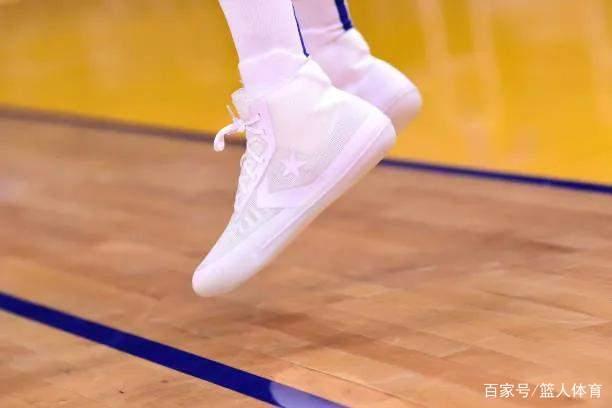NBA球员上脚:安踏海沃德2代很帅,科8科9科10都来了