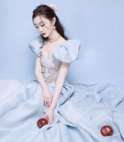宋轶带苹果走红毯 与郭麒麟新剧为何还未播出