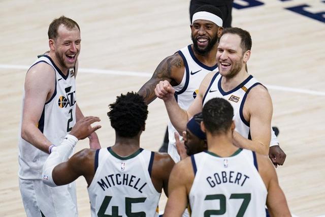 NBA官方实力榜:爵士仍居第1,篮网力压湖人升第2,火箭倒数第4!