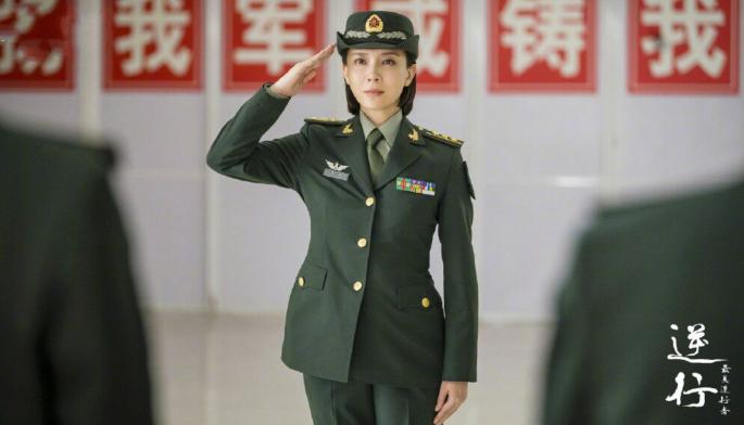 为啥《最美逆行者》肖宁由陈数出演?导演:她最特别