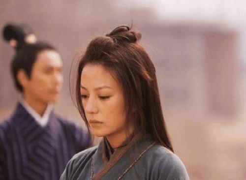 没有对比就没有伤害,看了刘亦菲版《花木兰》,赵薇版口碑飙升