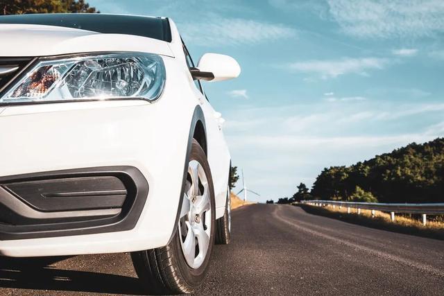 为什么路上白色汽车更多?竟然跟这个有关